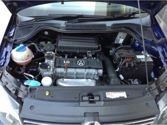 Cần bán xe Volkswagen Polo sản xuất 2015, màu xanh lam, nhập khẩu chính hãng, 690tr-3