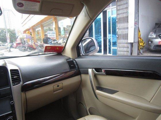 Cần bán gấp Chevrolet Captiva LTZ đời 2010, màu bạc, xe nhập, còn mới -3
