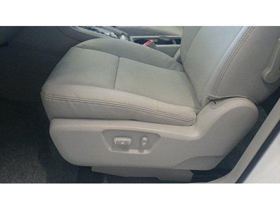 Cần bán xe Chevrolet Captiva LTZ đời 2015, màu trắng, nhập khẩu chính hãng, 949tr-9