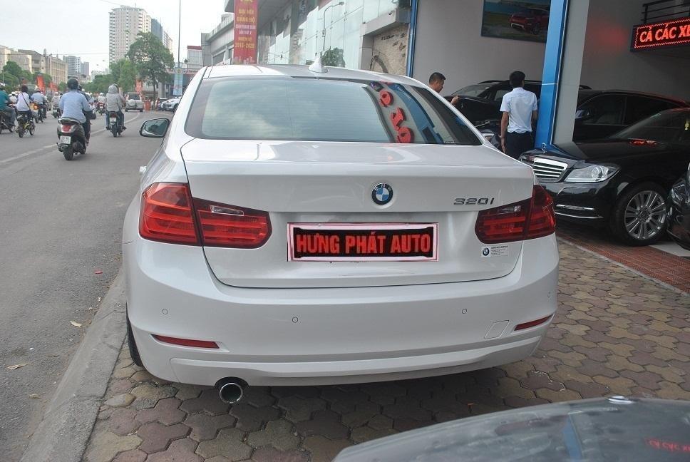 Cần bán gấp BMW 320i đời 2012, màu trắng, nhập khẩu-7