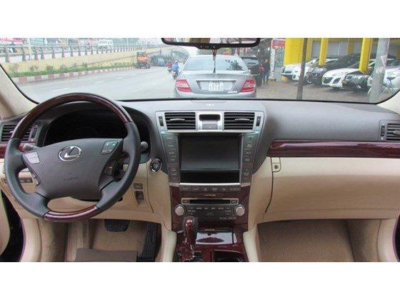 Cần bán xe Lexus LS 460L đời 2010, màu đen, nhập khẩu nguyên chiếc, số tự động-2