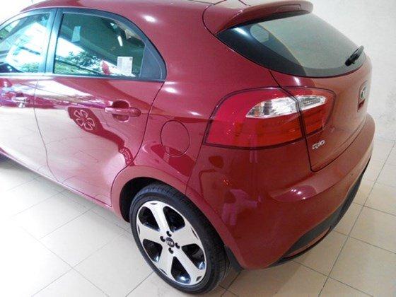 Cần bán lại xe Kia Rio đời 2013, màu đỏ, nhập khẩu nguyên chiếc-1