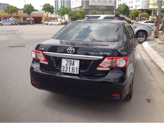 Cần bán gấp Toyota Corolla Altis năm 2011, màu đen, nhập khẩu chính hãng, số sàn, giá chỉ 650 triệu-4
