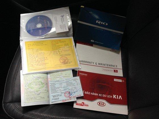 Bán xe Kia Rio đời 2013, màu bạc, nhập khẩu Hàn Quốc, số tự động, 525 triệu-4