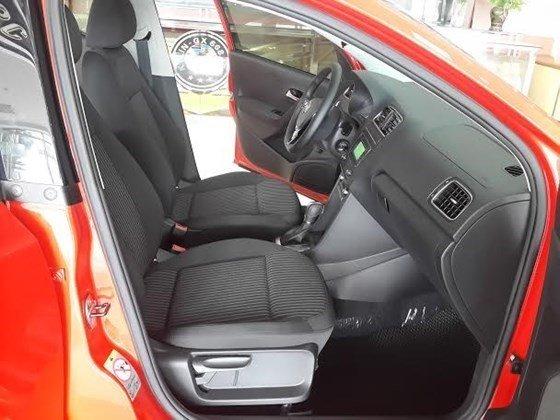 Bán Volkswagen Polo năm 2015, màu đỏ, xe nhập-1