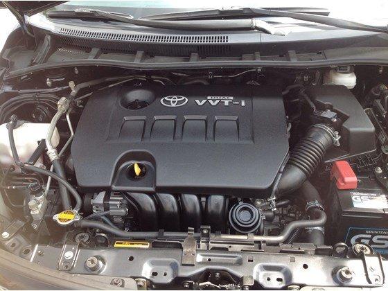 Cần bán gấp Toyota Corolla Altis năm 2011, màu đen, nhập khẩu chính hãng, số sàn, giá chỉ 650 triệu-2