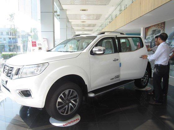 Bán ô tô Nissan Navara đời 2015, màu trắng, nhập khẩu-16