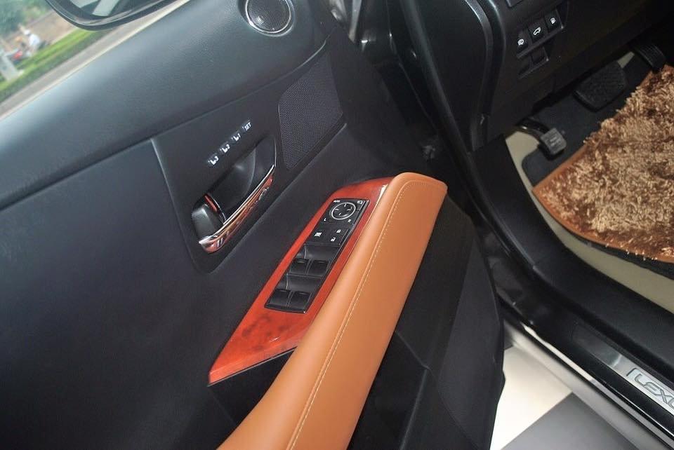Cần bán gấp Lexus RX đời 2011, màu đen, nhập khẩu chính hãng-6