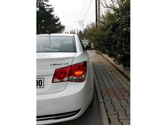 Cần bán xe Chevrolet Cruze đời 2015, màu trắng, nhập khẩu nguyên chiếc, giá 572tr-2