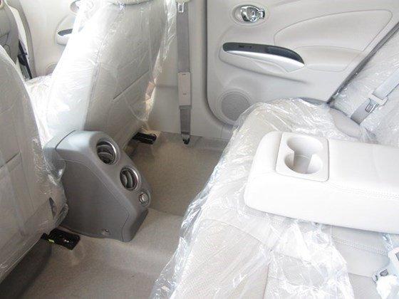 Cần bán Nissan Sunny đời 2015, màu trắng, nhập khẩu-5