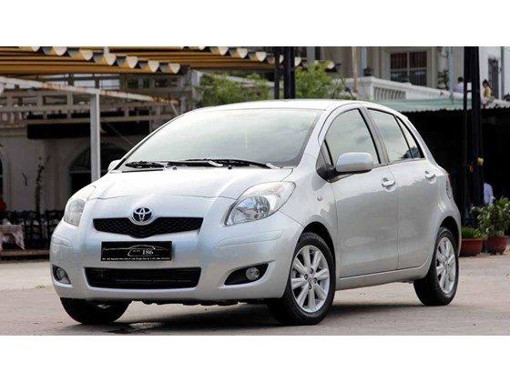 Cần bán xe Toyota Yaris đời 2009, màu bạc, xe nhập-8