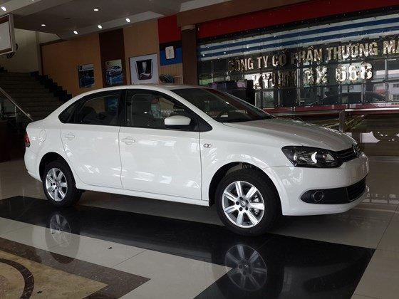 Volkswagen Polo sedan AT, đủ màu, giao xe ngay - Hỗ trợ mua trả góp-2