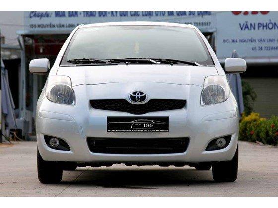 Cần bán xe Toyota Yaris đời 2009, màu bạc, xe nhập-16