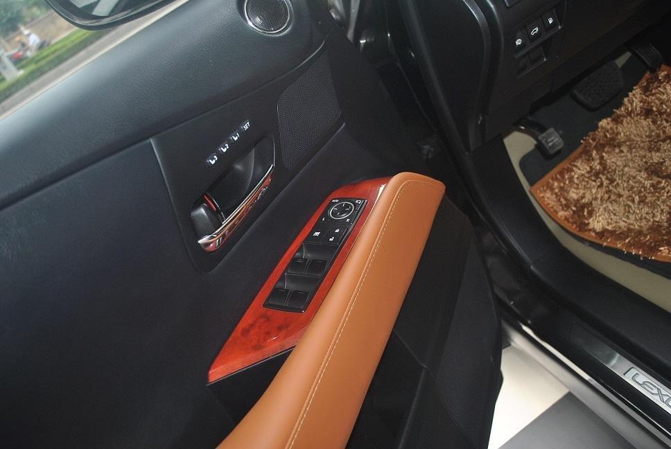 Cần bán Lexus RX năm 2011, màu đen, nhập khẩu chính hãng, chính chủ-5