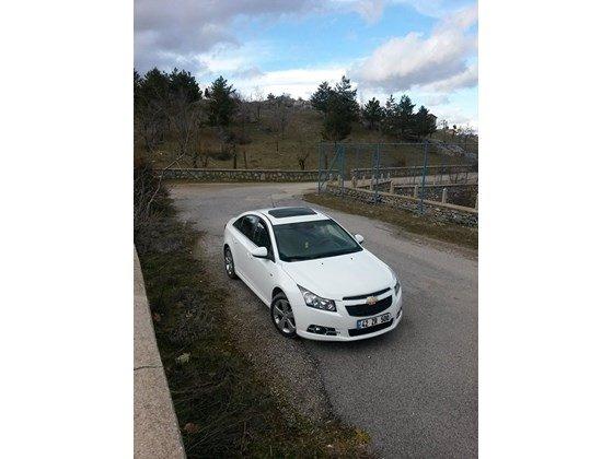 Cần bán xe Chevrolet Cruze đời 2015, màu trắng, nhập khẩu nguyên chiếc, giá 572tr-5
