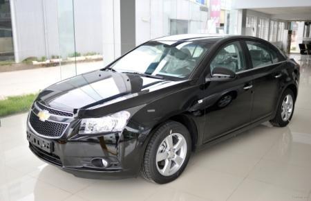 Cần bán Chevrolet Cruze đời 2015, màu đen-0