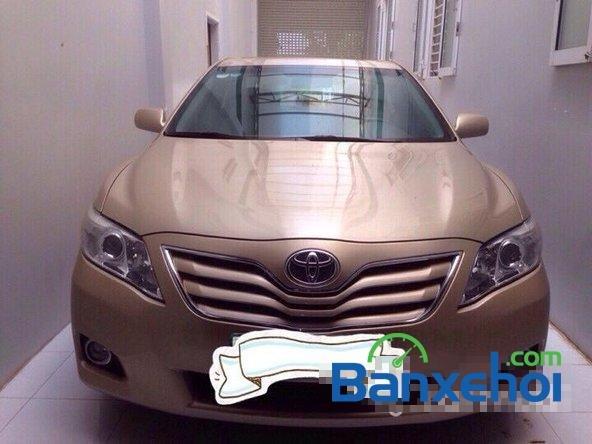 Bán Toyota Camry sản xuất 2010, màu vàng cát, gọi ngay 0975854989-0
