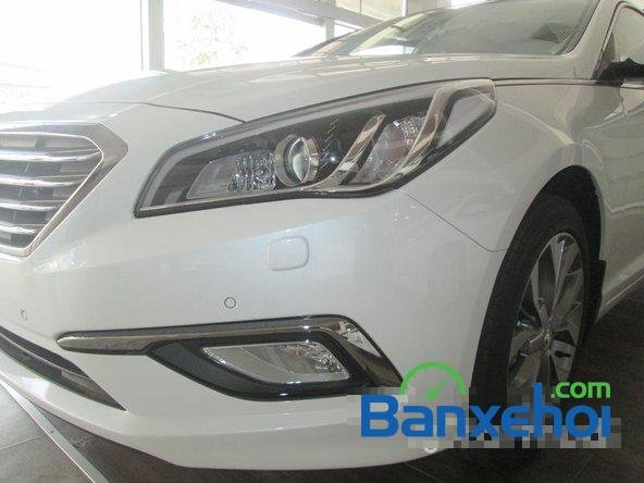 Bán ô tô Hyundai Sonata đời 2015, màu trắng-2