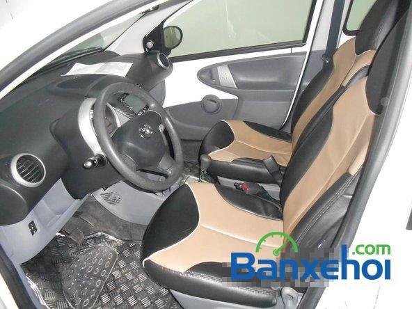 Bán ô tô Toyota Aygo đời 2011, màu trắng đã đi 40000 km, giá chỉ 470 triệu-6