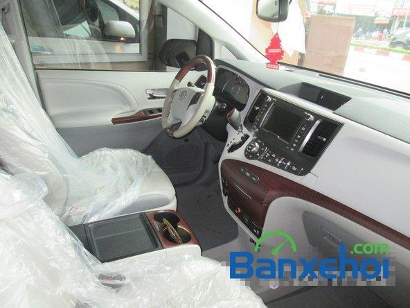 Bán xe Toyota Sienna Limited năm 2013, màu trắng đã đi 10000 km-6
