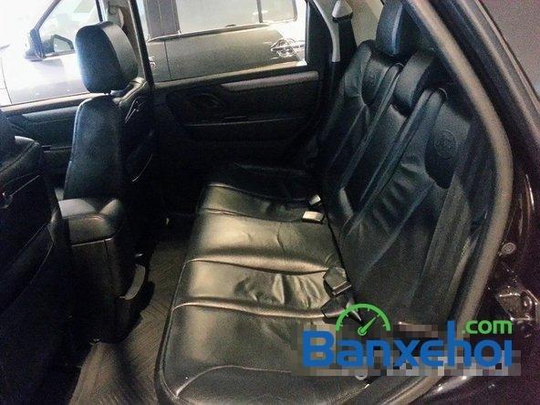 Bán Ford Escape 2.3L XLS AT đời 2010, màu đen, giá chỉ 580 triệu-4
