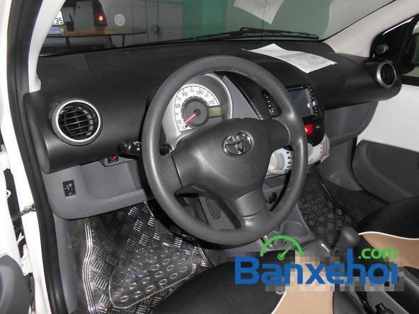 Bán ô tô Toyota Aygo đời 2011, màu trắng đã đi 40000 km, giá chỉ 470 triệu-7