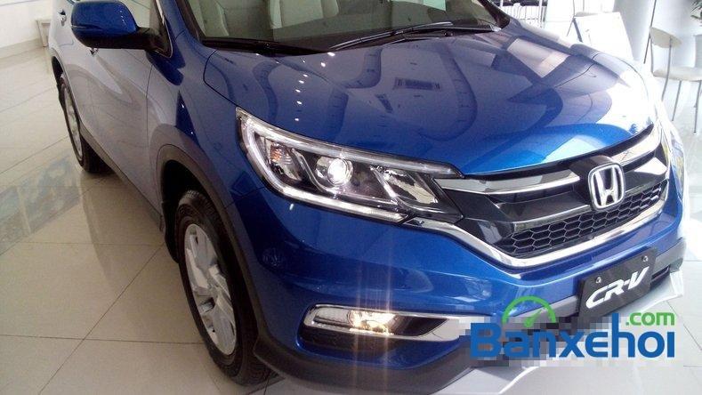 Cần bán Honda CR V 2.0AT đời 2015, màu xanh lam-6