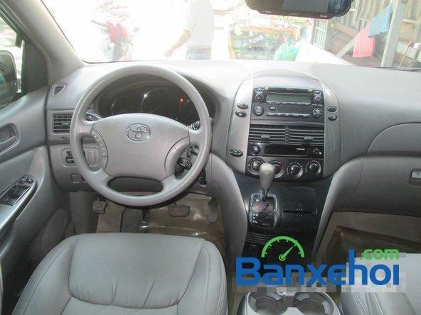 Bán Toyota Sienna Le đời 2008, màu bạc đã đi 42000 km-6