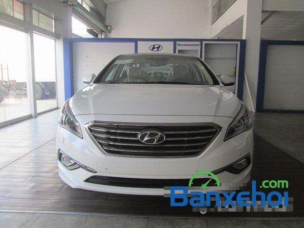 Bán ô tô Hyundai Sonata đời 2015, màu trắng-0