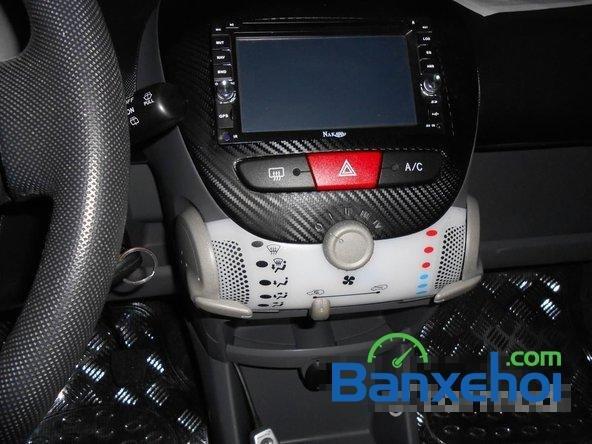 Bán ô tô Toyota Aygo đời 2011, màu trắng đã đi 40000 km, giá chỉ 470 triệu-9
