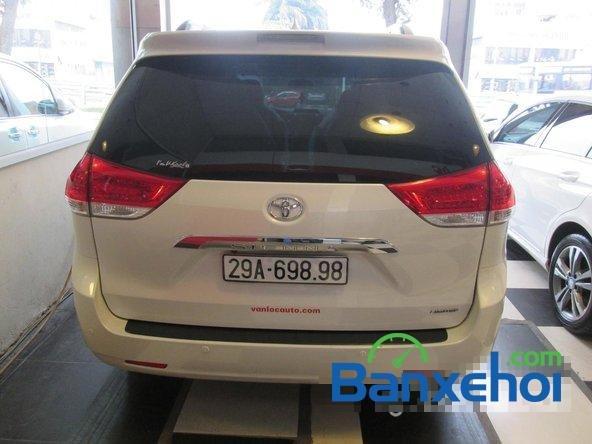 Bán xe Toyota Sienna Limited năm 2013, màu trắng đã đi 10000 km-4