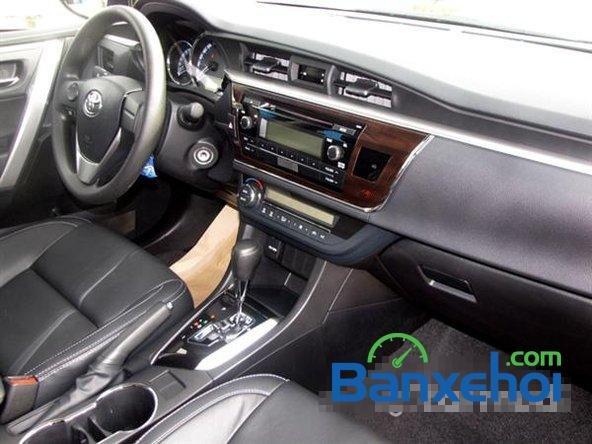 Cần bán xe Toyota Corolla altis 1.8CVT đời 2015, màu đen, giá 795 triệu-3