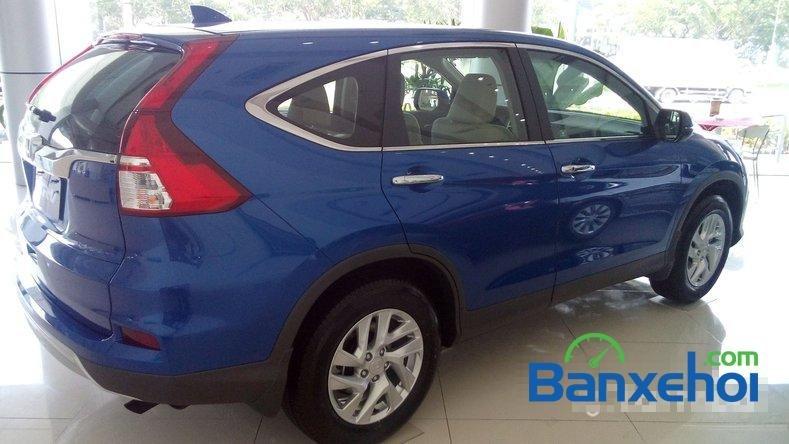 Cần bán Honda CR V 2.0AT đời 2015, màu xanh lam-2