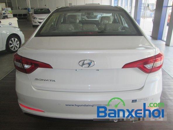Bán ô tô Hyundai Sonata đời 2015, màu trắng-6