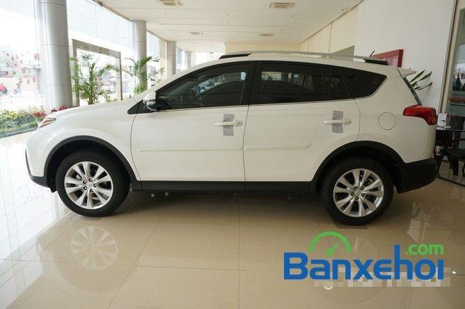 Cần bán Toyota RAV4 đời 2014, màu trắng, nhập khẩu nguyên chiếc-3