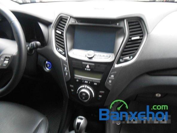 Cần bán xe Hyundai Santa Fe SLX đời 2013, màu đen đã đi 30000 km-9