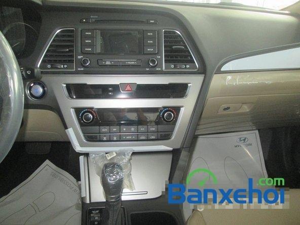 Bán ô tô Hyundai Sonata đời 2015, màu trắng-12