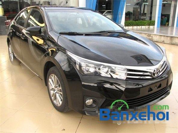 Cần bán xe Toyota Corolla altis 1.8CVT đời 2015, màu đen, giá 795 triệu-0