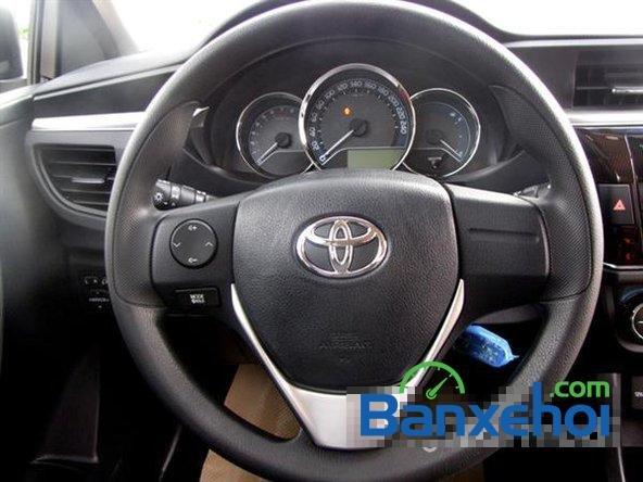 Cần bán xe Toyota Corolla altis 1.8CVT đời 2015, màu đen, giá 795 triệu-4