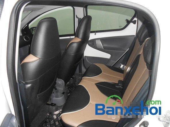 Bán ô tô Toyota Aygo đời 2011, màu trắng đã đi 40000 km, giá chỉ 470 triệu-11