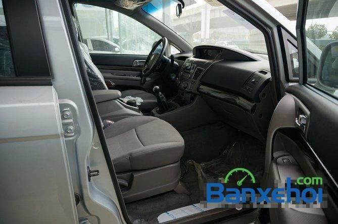 Bán ô tô Ssangyong Korando Turismo đời 2015, màu bạc, giá 800tr-7