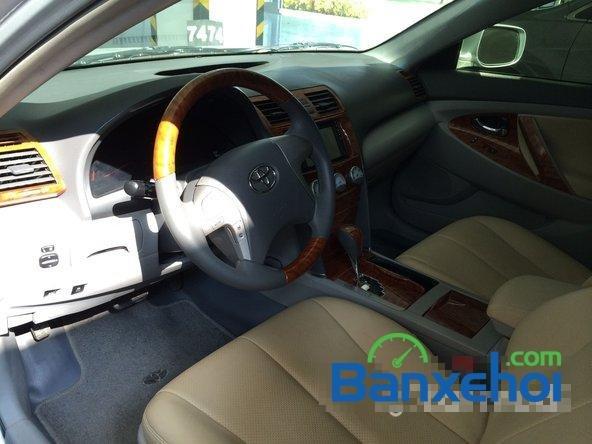 Cần bán lại xe Toyota Camry 2.5 đời 2010, màu bạc, nhập khẩu chính hãng-2