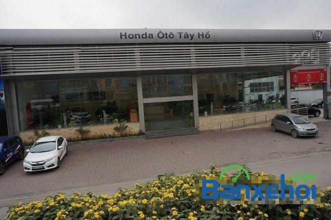Bán ô tô Honda Civic 1.8 đời 2015, màu bạc, giá 780tr-18