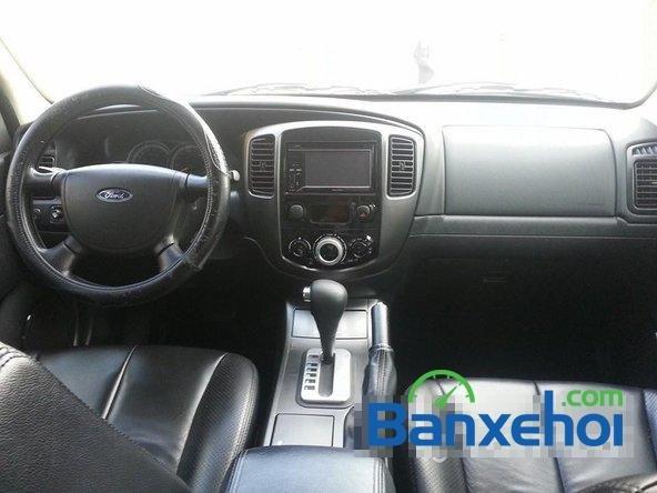 Cần bán Ford Escape 2.3L XLS AT đời 2011, màu đen-4