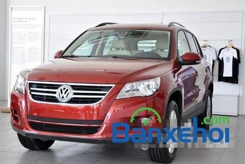 Bán Volkswagen Tiguan đời 2015, màu đỏ, gọi ngay 0938131937-0