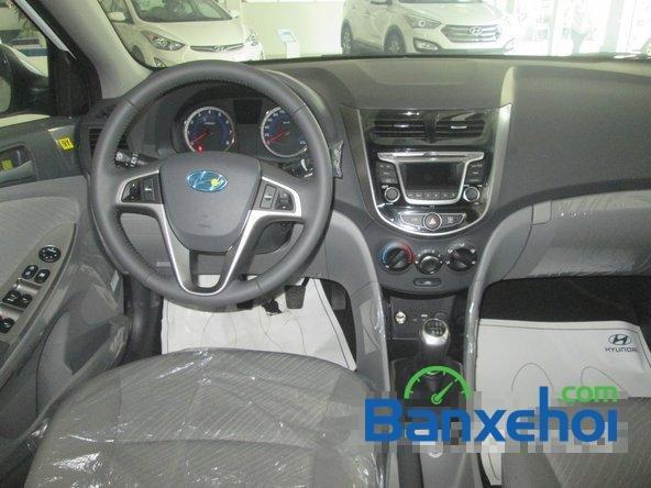Cần bán Hyundai Accent Blue 2015, màu trắng-8