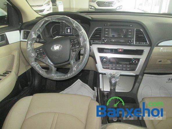 Bán ô tô Hyundai Sonata đời 2015, màu trắng-9