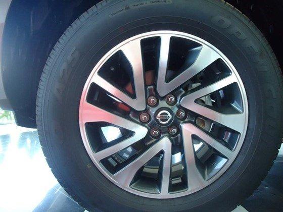 Cần bán xe Nissan Navara NP300 đời 2015, màu nâu, nhập khẩu-5