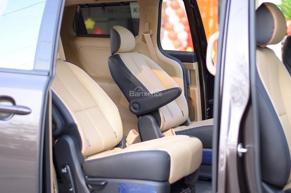 Kia Grand Sedona đẳng cấp cao giá cực sốc trong phân khúc MPV cỡ lớn-13