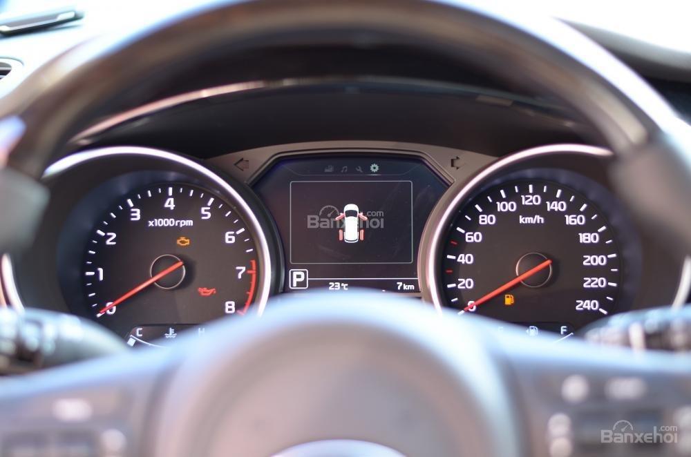 Kia Grand Sedona đẳng cấp cao giá cực sốc trong phân khúc MPV cỡ lớn-17
